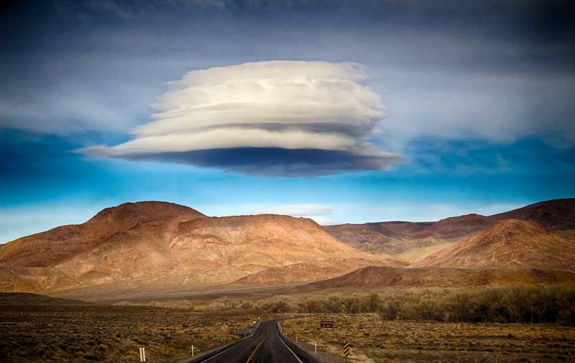 clouds that look like UFOs