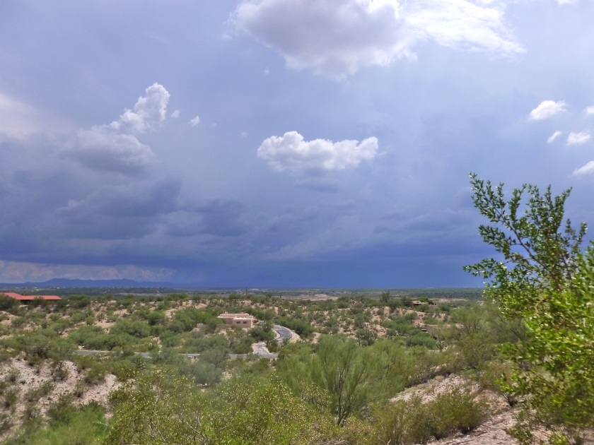 dark storm Clouds on arizona border