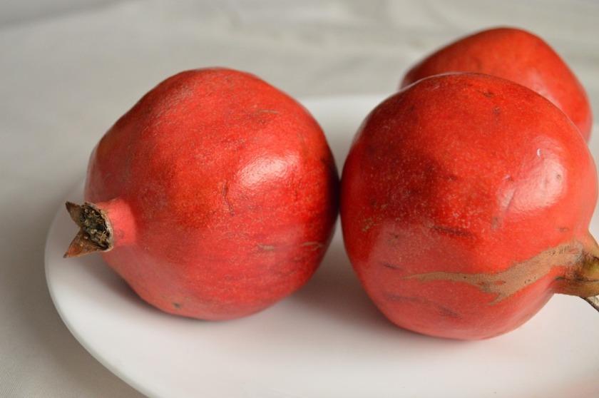punica granatum red fruit