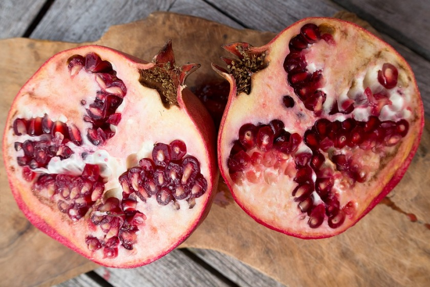 seeds of pomegranate
